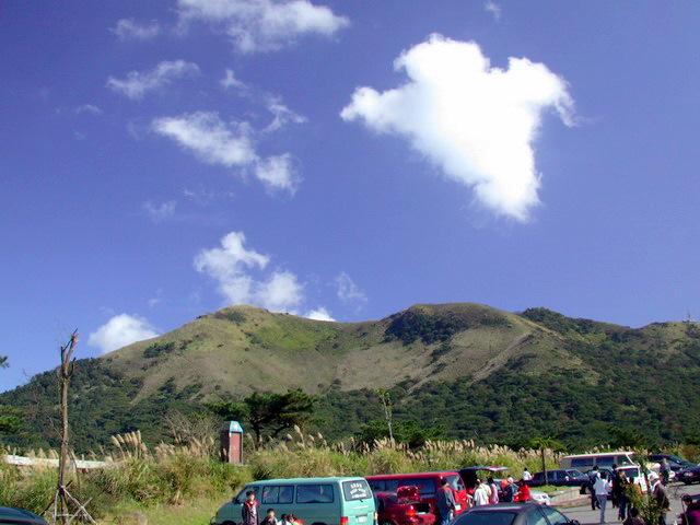 二子坪入口の駐車場から眺望した小観音山