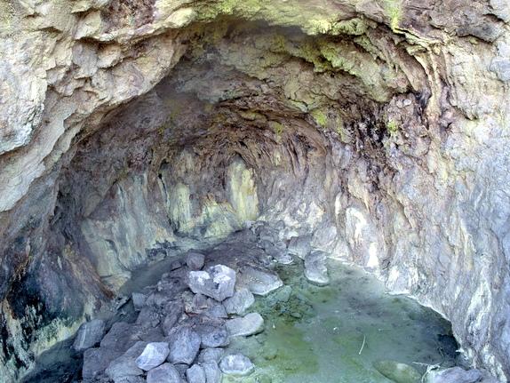 冷水坑温泉の水源