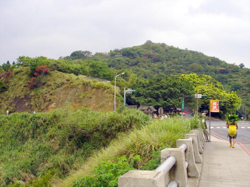 龍鳳谷硫磺谷景觀(蔡若茵攝)